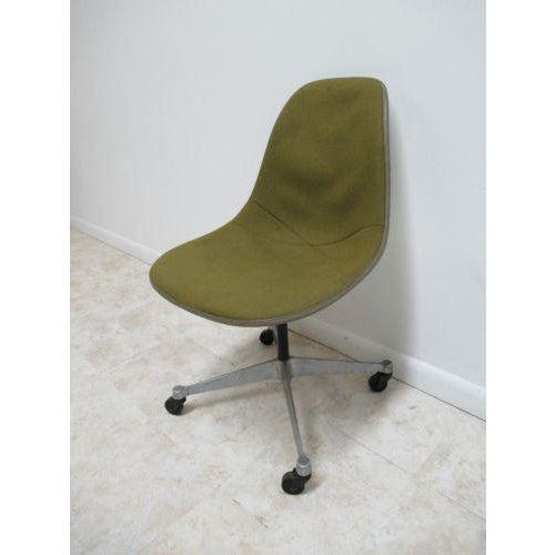 Vintage Herman Miller Green Fiberglass Egg Office Desk Chair