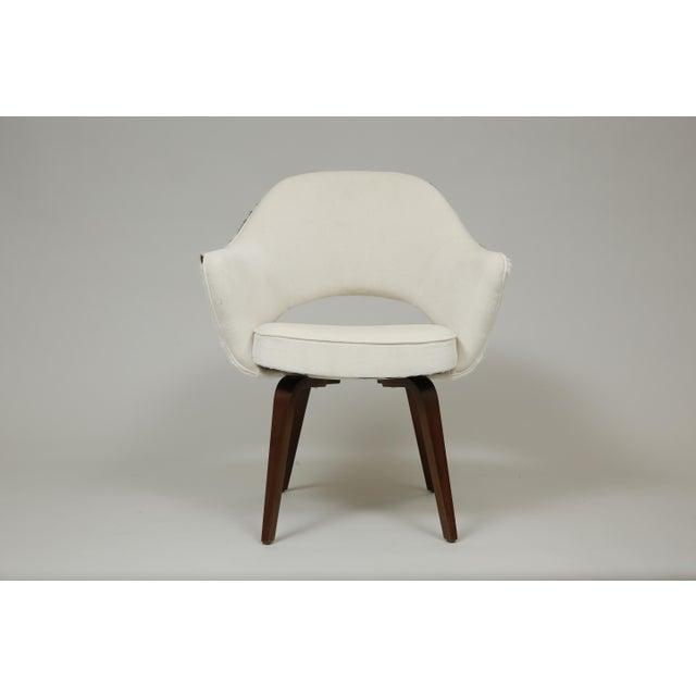Mid-Century Modern Knoll Saarinen Cowhide Executive Armchair For Sale - Image 3 of 7