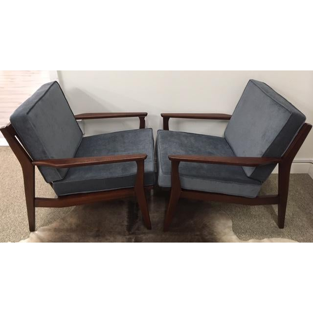 Mid-Century Modern Mid Century Modern Arm Chairs For Sale - Image 3 of 6
