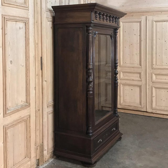 Brown 19th Century Neoclassical French Walnut Display Armoire For Sale - Image 8 of 10