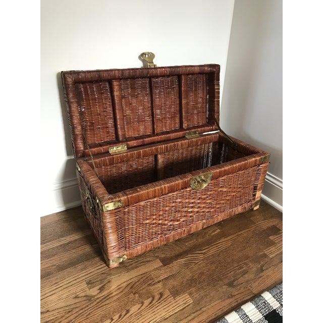 Vintage Brass and Wicker Trunk For Sale In Minneapolis - Image 6 of 10