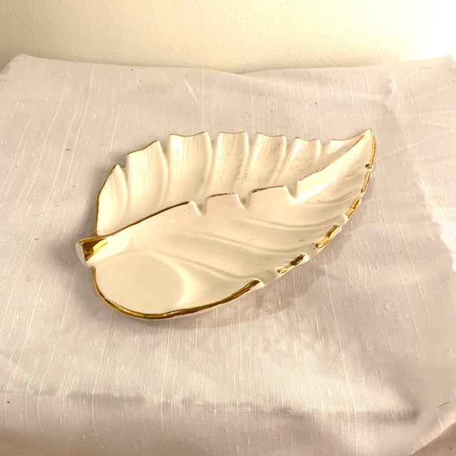 White and Gold Hollywood Regency Ashtray Catchall For Sale In Charleston - Image 6 of 6
