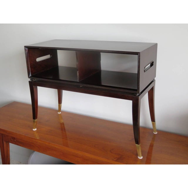 1950s Modern Tommi Parzinger Magazine Table With Handles For Sale In Tampa - Image 6 of 7