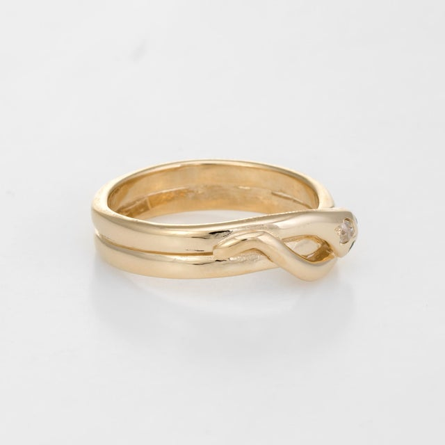 Modern Vintage Snake Ring 9 Karat Yellow Gold Diamond Emerald Alternative Wedding Band For Sale - Image 3 of 8