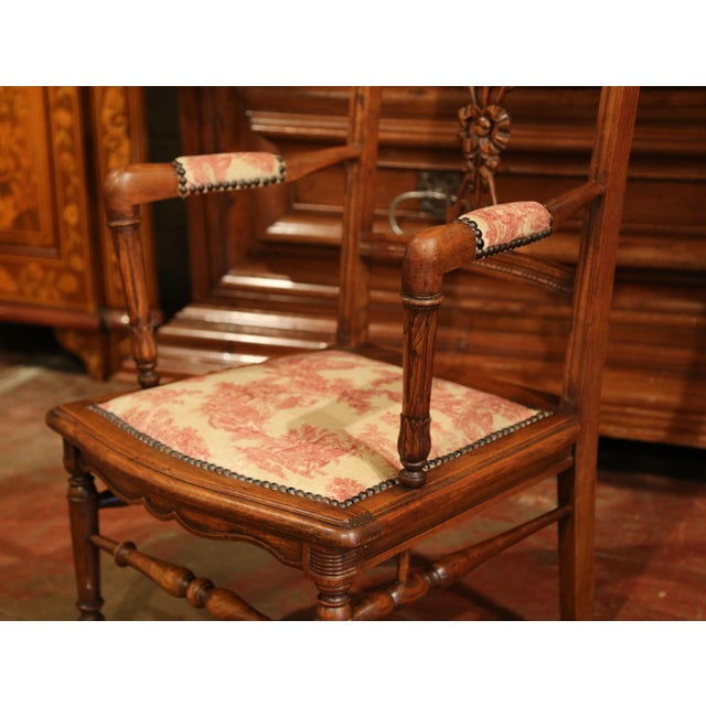 French 19th Century French Louis XVI Carved Walnut Chauffeuse Chair With Vintage Fabric For Sale - Image 3 of 10