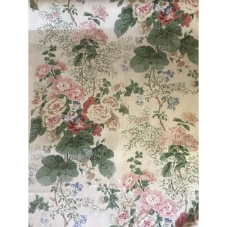 Traditional Lee Jofa Hollyhock Hdb - White/Coral Hand Blocked Linen Fabric - 8 1/2 Yards For Sale