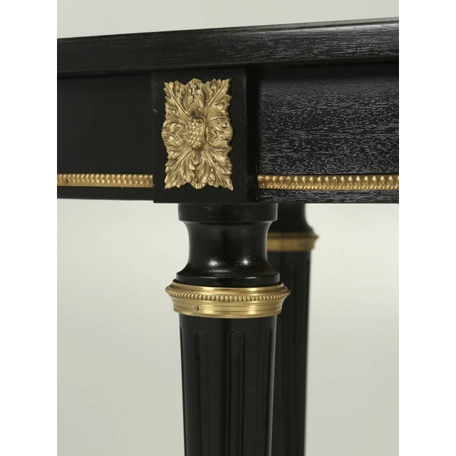 French Louis XVI Style Ebonized Mahogany Dining Table For Sale In Chicago - Image 6 of 8