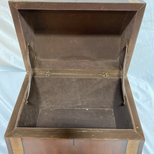 Maitland-Smith Inlaid Mahogany Box For Sale In Richmond - Image 6 of 13