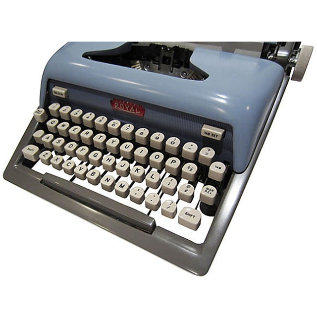 Mid-Century Blue Royal Futura 800 Typewriter - Image 5 of 7