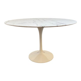 Nuevo Mid-Century Modern White Marble Top Tulip Table For Sale