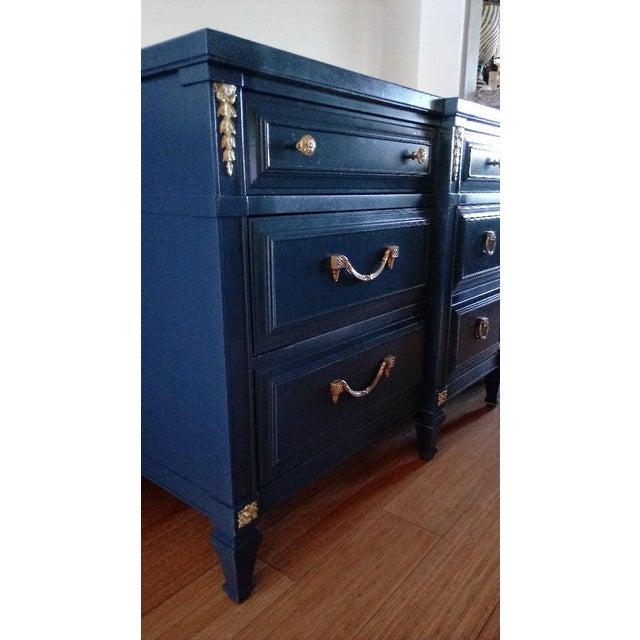 French Drexel San Remo High Gloss Blue Nine Drawer Dresser Credenza For Sale - Image 3 of 7