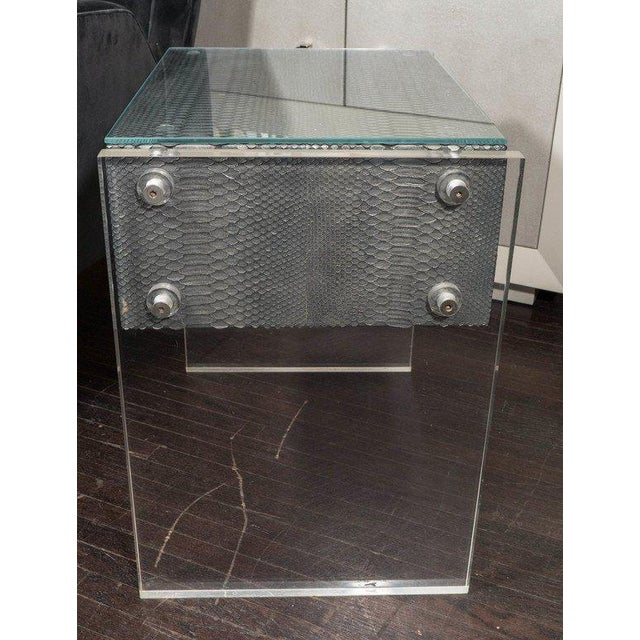 Venfield Pair of Gunmetal Gray Python Nightstands with Lucite Side Panels For Sale - Image 4 of 9