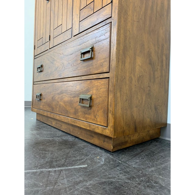 Drexel Heritage Woodbriar Pecan Campaign Style Gentleman's Chest / Armoire For Sale - Image 9 of 13