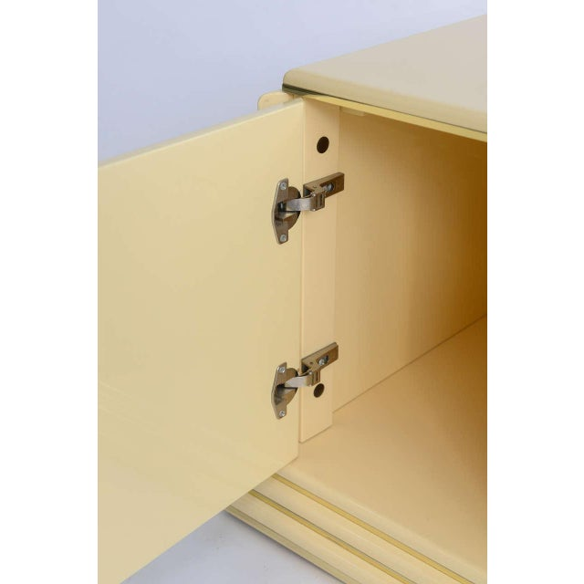 White 1970s Mid-Century Modern Rougier Cream Lacquer Bedside Tables - a Pair For Sale - Image 8 of 9
