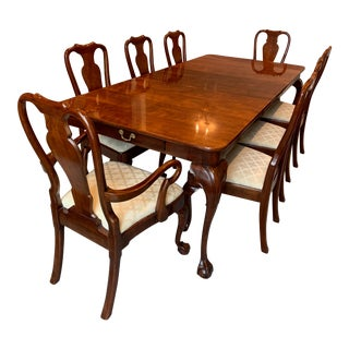 1980s Traditional Dining Room Set - 9 Pieces For Sale
