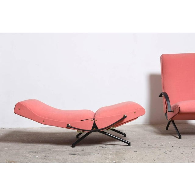 Set Osvaldo Borsani, P40 Lounge Chairs for Tecno For Sale - Image 6 of 11
