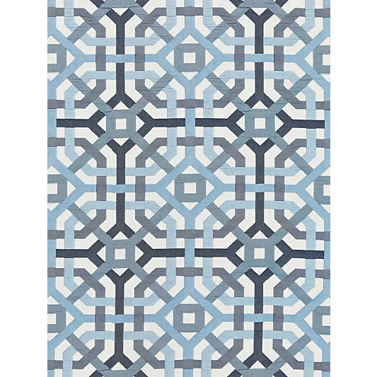 This indoor/outdoor fabric blends a large-scale interlocking fretwork design with a double-cloth weave for a dramatic and...