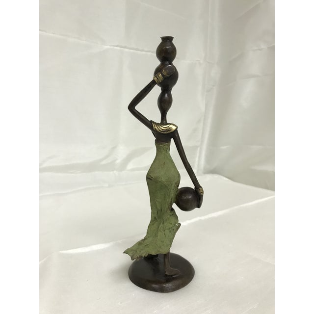 African Contemporary Burkina Faso Hand Crafted Bronze Water Bearer Woman Figurine For Sale - Image 3 of 7