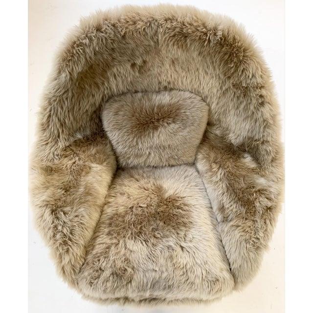 Gray Vintage Eero Saarinen Womb Chair Restored in New Zealand Sheepskin For Sale - Image 8 of 10