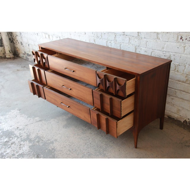 1960s Kent Coffey Perspecta Sculpted Walnut and Rosewood Triple Dresser or Credenza For Sale - Image 5 of 11