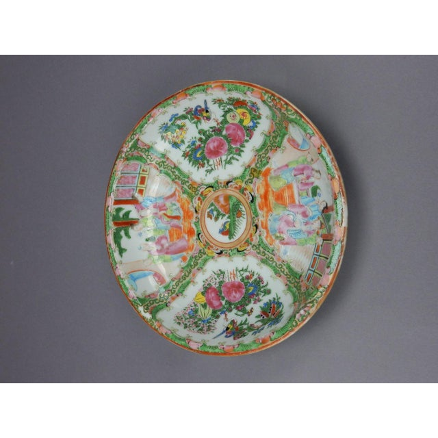 Gorgeous Antique Chinese Export Rose Medallion Serving Bowl - Image 9 of 11