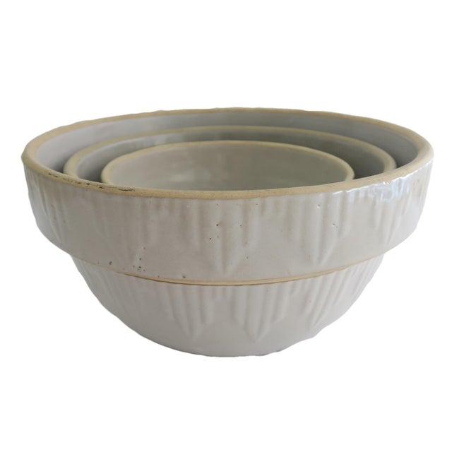 Cottage Antique Off White Stoneware Earthenware Farmhouse Round Nesting Mixing Bowl Set of 3 For Sale - Image 3 of 5