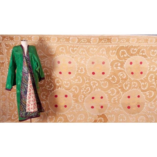 Mid 20th Century Mid 20th Century Samarkand Suzani Neutral Textile Rug Uzbek For Sale - Image 5 of 7