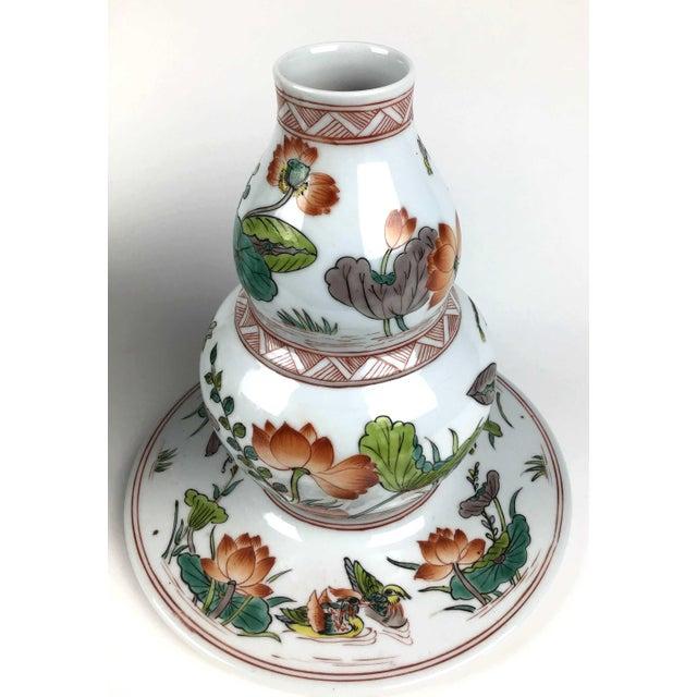 Green Antique Large Chinese Porcelain Vase For Sale - Image 8 of 13