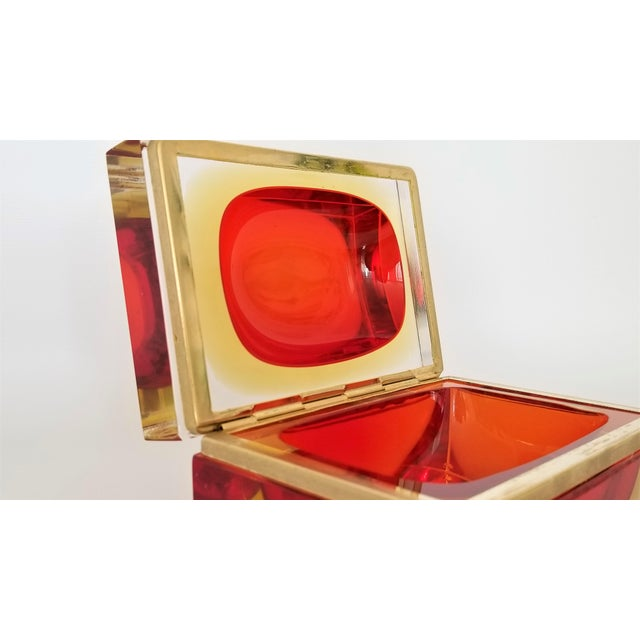 1970s Murano Vintage 1970s Glass Jewelry Box by Alessandro Mandruzzato - Italy Italian Mid Century Modern Palm Beach Chic Tropical Coastal For Sale - Image 5 of 13