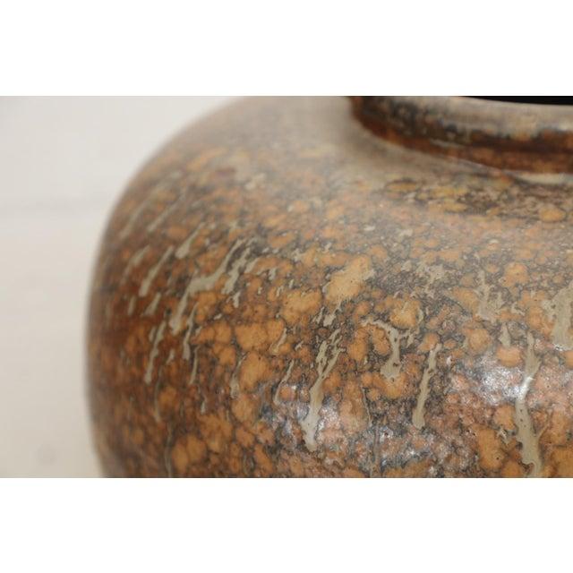 Modern Large Art Pottery Vase by Hiroshi Nakayama & Judy Glasser For Sale - Image 3 of 10