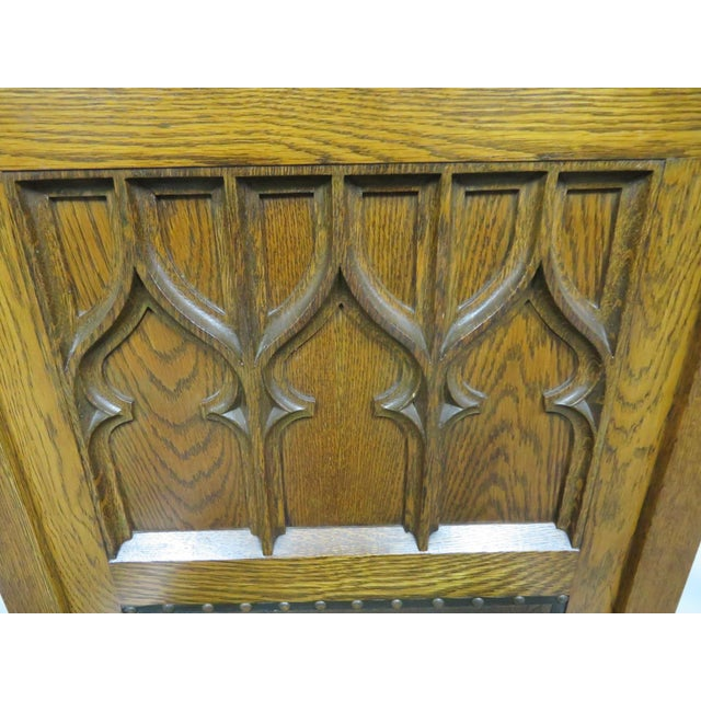 Early 20th Century 1900s Antique Gothic Carved Oak Throne Chair For Sale - Image 5 of 6