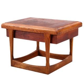 Vintage Mid-Century Modern Lane Walnut Side Table For Sale