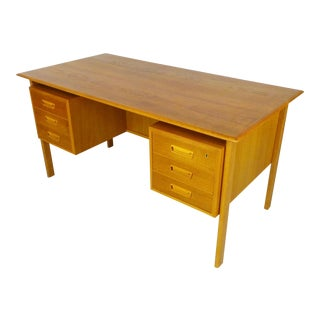 Mid-Century Modern Executive Desk For Sale