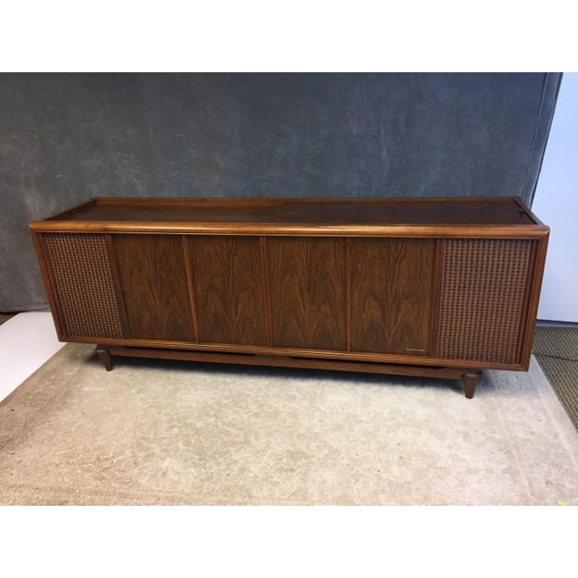 Gold Mid Century Modern Magnavox Console Record Player For Sale - Image 8 of 11