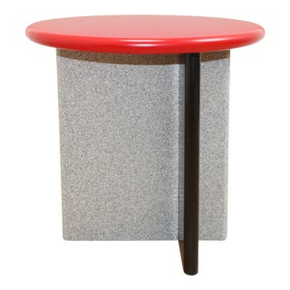 Memphis Milano Side Table - Post Modern 80s For Sale