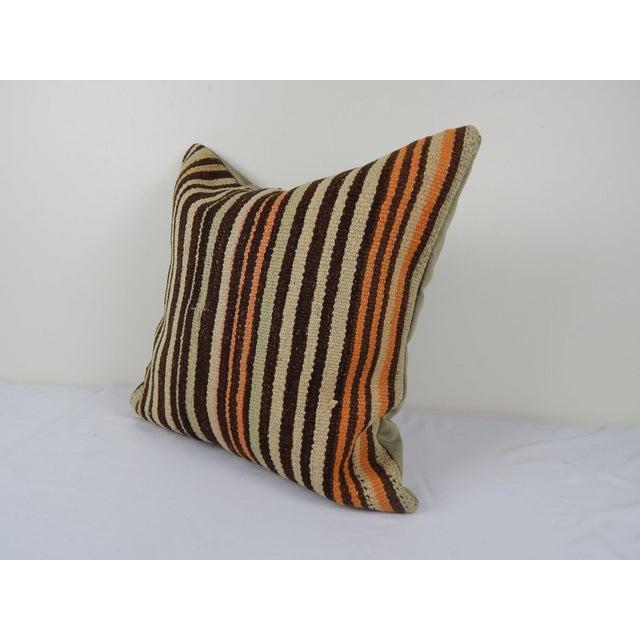 "Mid-Century Modern Vintage Turkish Hemp Kilim Pillow Cover 20"" X 20"" For Sale - Image 3 of 6"