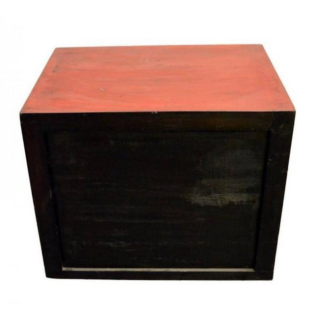 Antique Chinese Red Lacquer Cabinet with Brass Hardware from the 20th Century For Sale In New York - Image 6 of 7