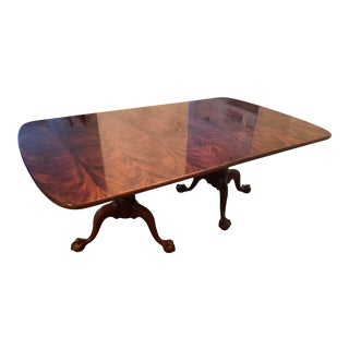 1990s Aston Court by Henredon Table With 2 Leaves For Sale
