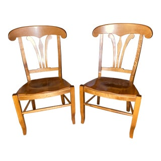 Vintage Nichols & Stone Hard Rock Maple Country French Manor Side Chairs - a Pair For Sale