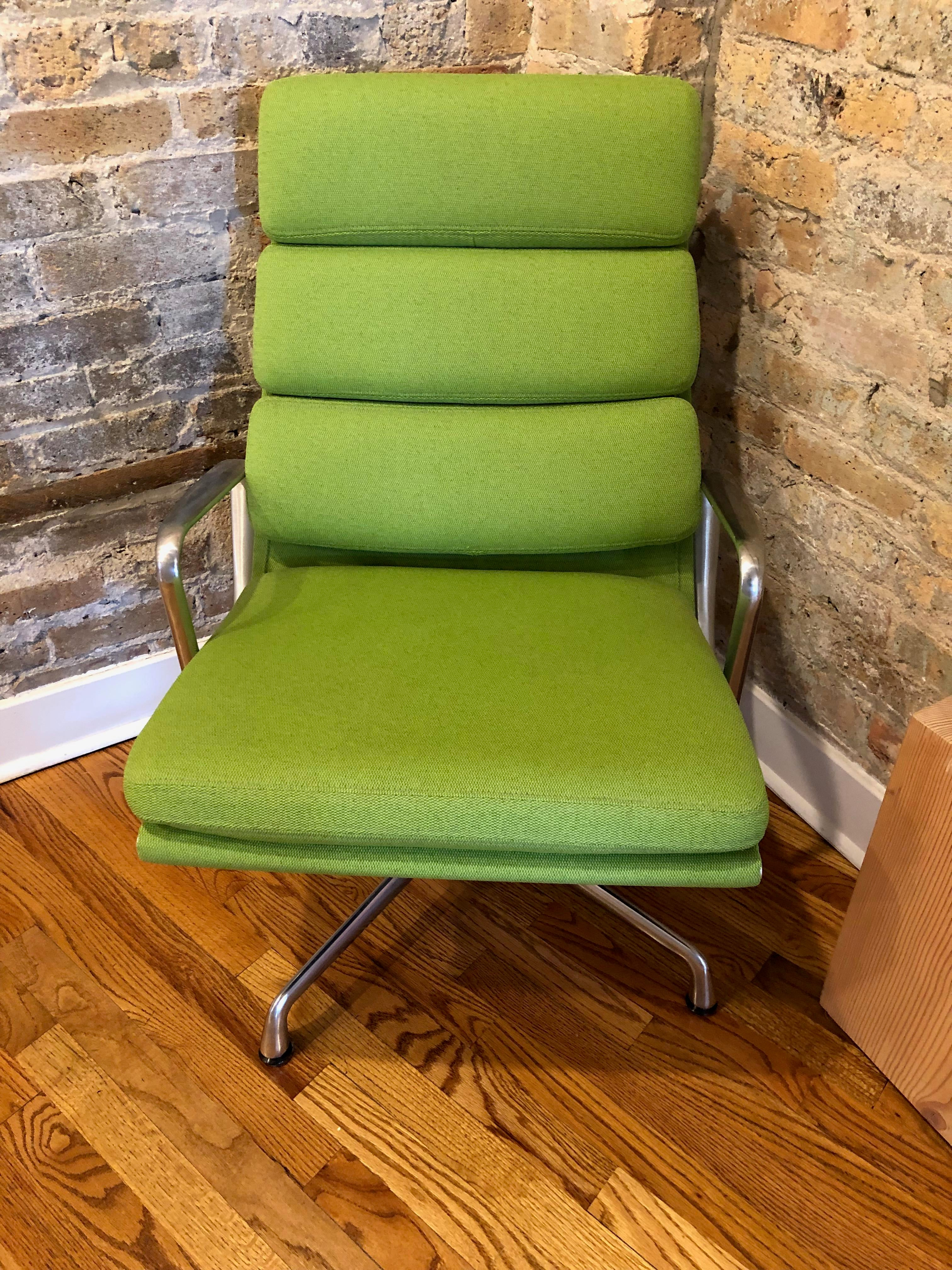 Beautiful Neon (green) Colored Eames Chairs And Ottoman Set In Great  Condition. These. Mid Century Modern Herman Miller ...