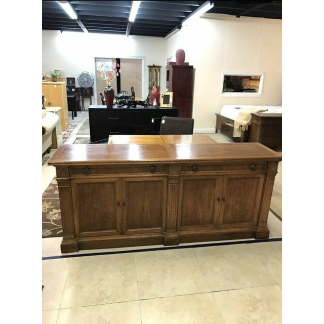 In excellent condition. This authentic Heritage Grand Tour furniture piece is absolutely gorgeous, carved with the...