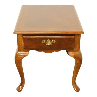 Bernhardt Furniture Queen Anne Banded Bookmatched Top End / Lamp Table For Sale