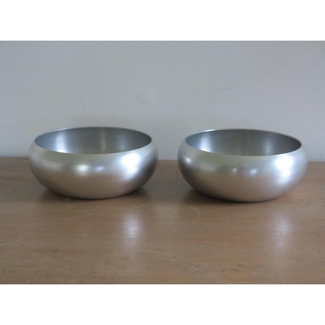 Mid-Century Modern Lurelle Guild for Kensington Inc. Spun Aluminum Bowls - a Pair For Sale - Image 3 of 6