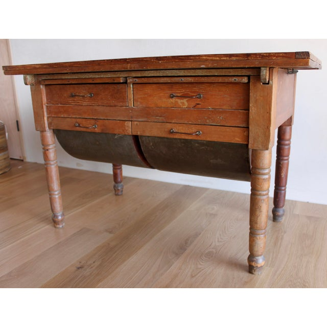 Early 20th Century Antique Early 20th Century Primitive Shaker Farmhouse Dining Table Possum Belly Baker's Table Kitchen Island For Sale - Image 5 of 12