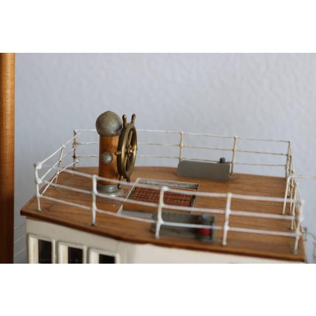 "Red 1950s Artisan Carved Wood Boat Pa-Lan ""Cincinnati"" For Sale - Image 8 of 10"
