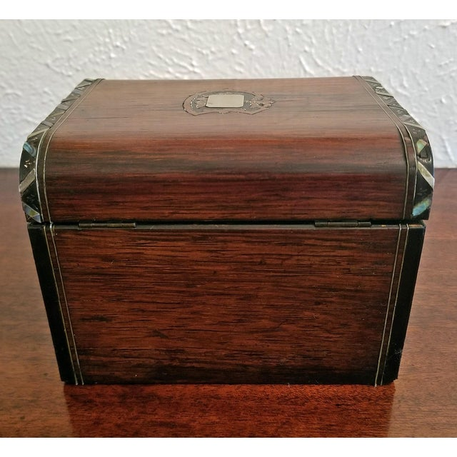 Abalone Early 19c Irish Mahogany Single Tea Caddy With Armorial Crest For Sale - Image 7 of 13
