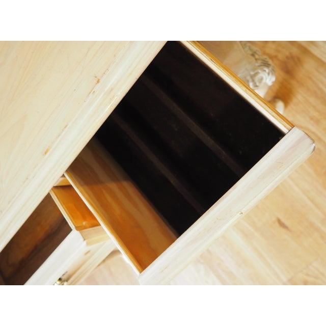 Lexington Furniture 1990s Shabby Chic Lexington Link Taylor Console Table For Sale - Image 4 of 13