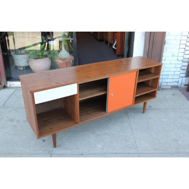 Mid-Century Modern Walnut Credenza with Blue and Orange Accents For Sale In Los Angeles - Image 6 of 9