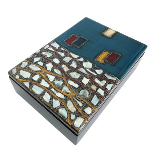 """Retro Lacquered Box With Mother of Pearl """" Mosaic"""" Inlay For Sale"""