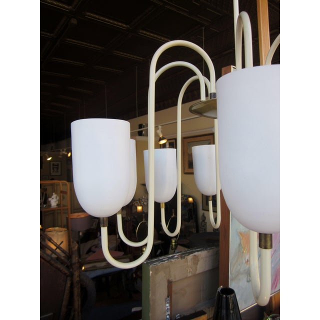 1950s 1950s Mid-Century Modern Matte White 9-Arm Curvilinear Chandelier For Sale - Image 5 of 12
